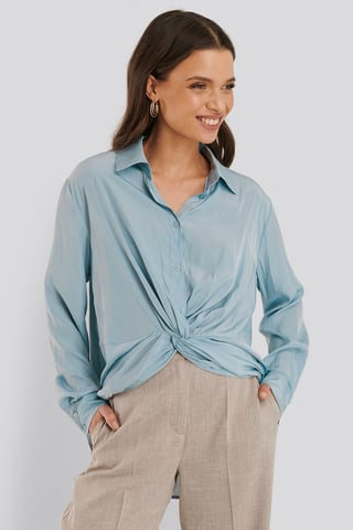 Dusty Blue Bluse Med Bindning Foran