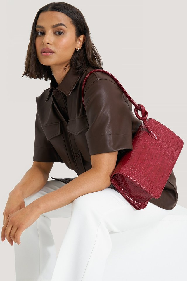 Knot Strap Wide Shoulder Bag Wine Red