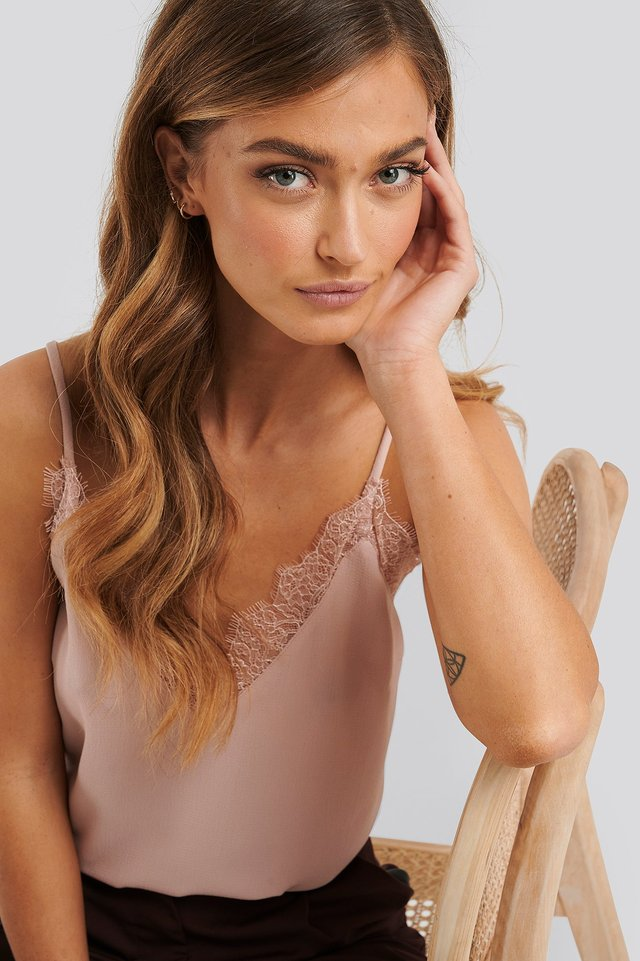 Lace Detail Singlet Powder Pink