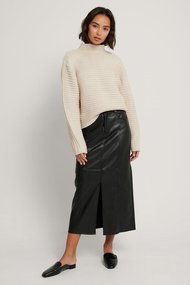 Black High Front Slit Pu Detail Skirt