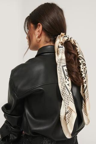 Creme Bedruckter Schal