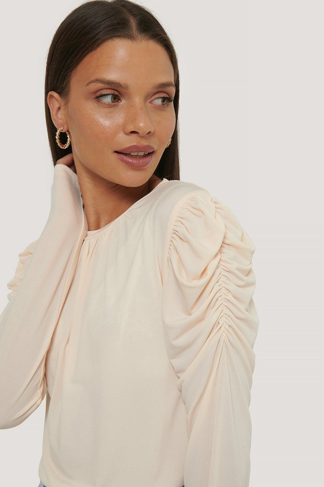 Long Sleeve Gathered Shoulder Top Offwhite