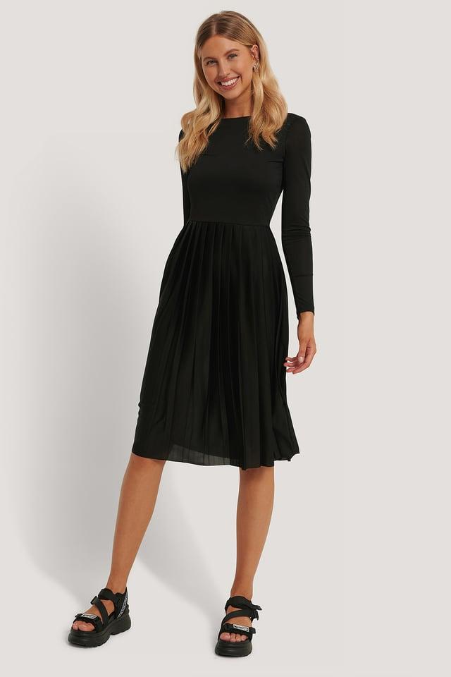 Midiklänning Black