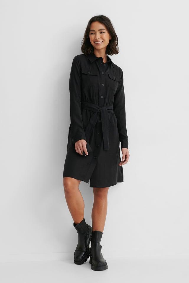 Black Kleid Mit Langen Ärmeln