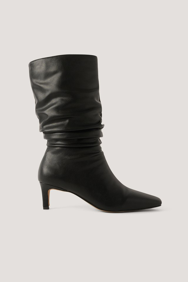 Loose Extended Squared Toe Boots Black