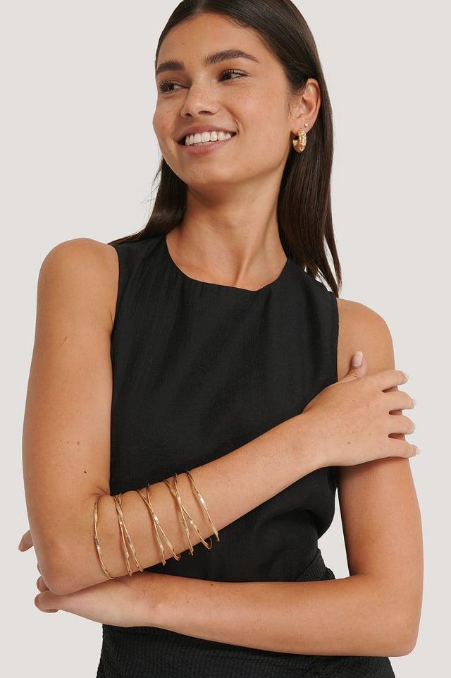 Matte Wavy Arm Cuff Gold