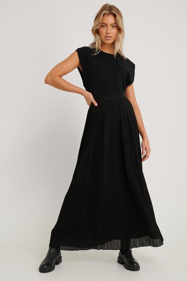 Maxi Pleated Skirt Black