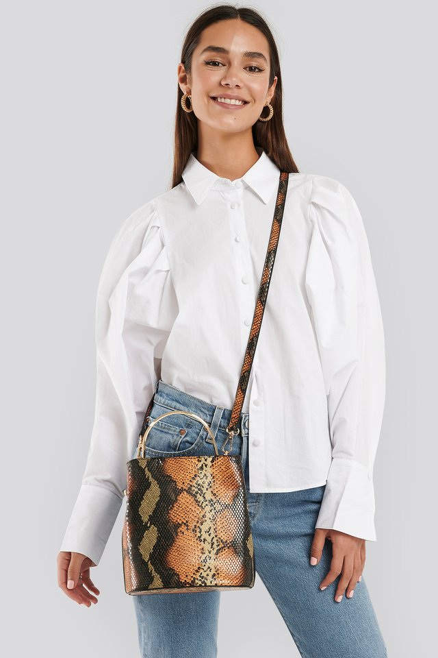 Snake Metal Handle Bucket Bag