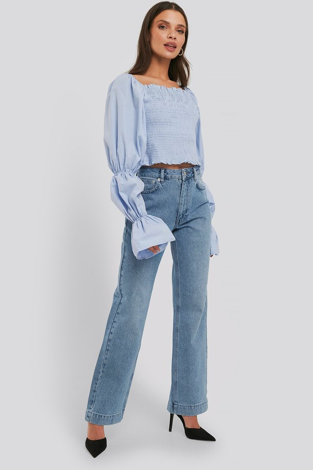Mid Rise Straight Leg Jeans Light Blue Wash