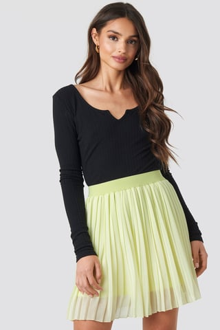 Pale Yellow Mini Pleated Skirt