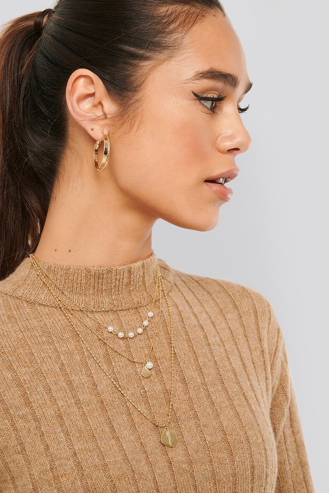 Hammered Coin Necklace Gold