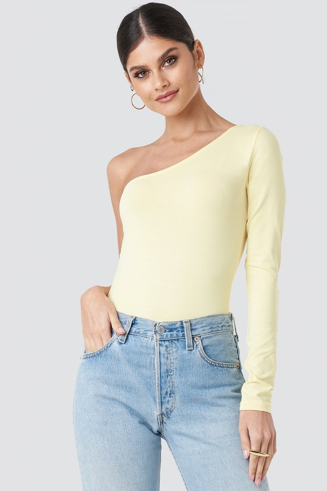 One Shoulder Body Light Yellow