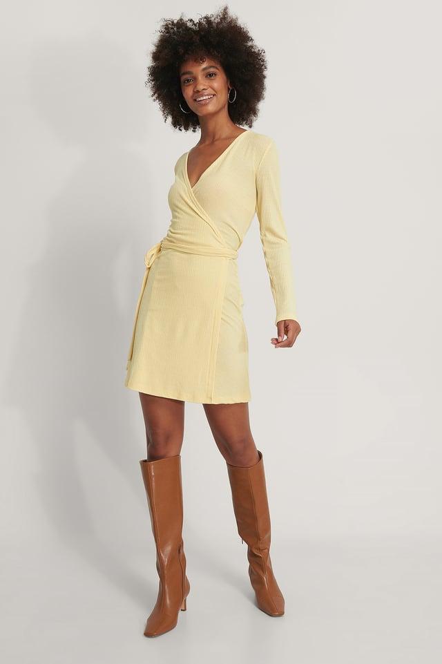Reciclado Vestido Corto Con Anudado Cruzado Yellow