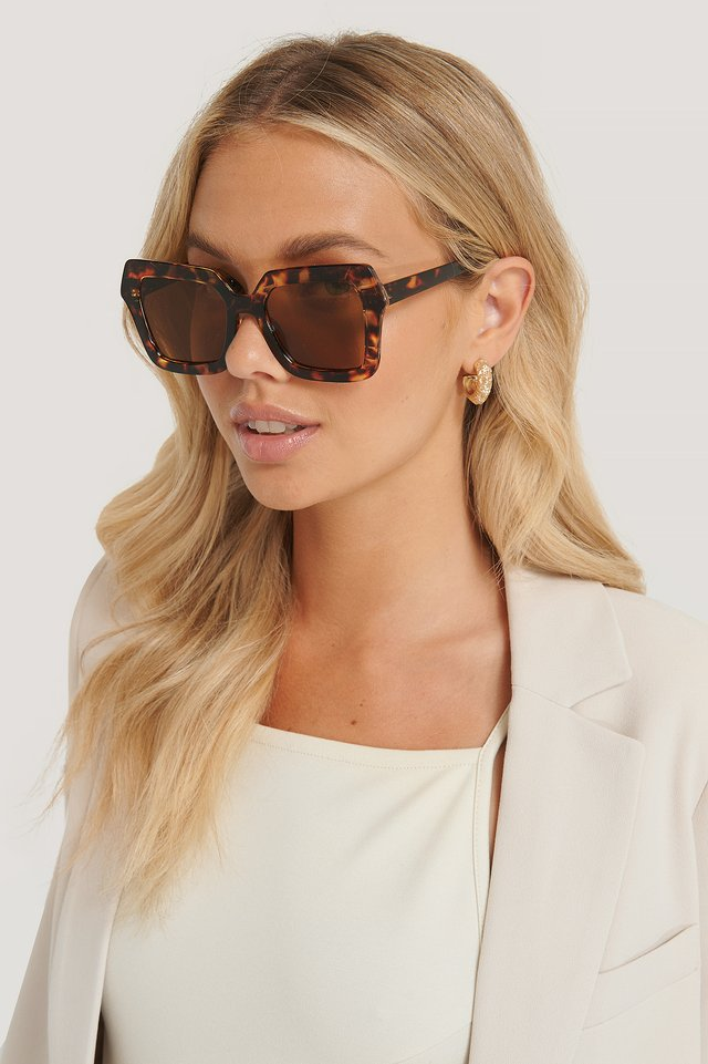 Oversize Retro Squared Edge Sunglasses Tortois