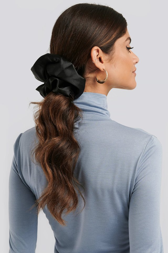 Oversize Satin Scrunchie Black