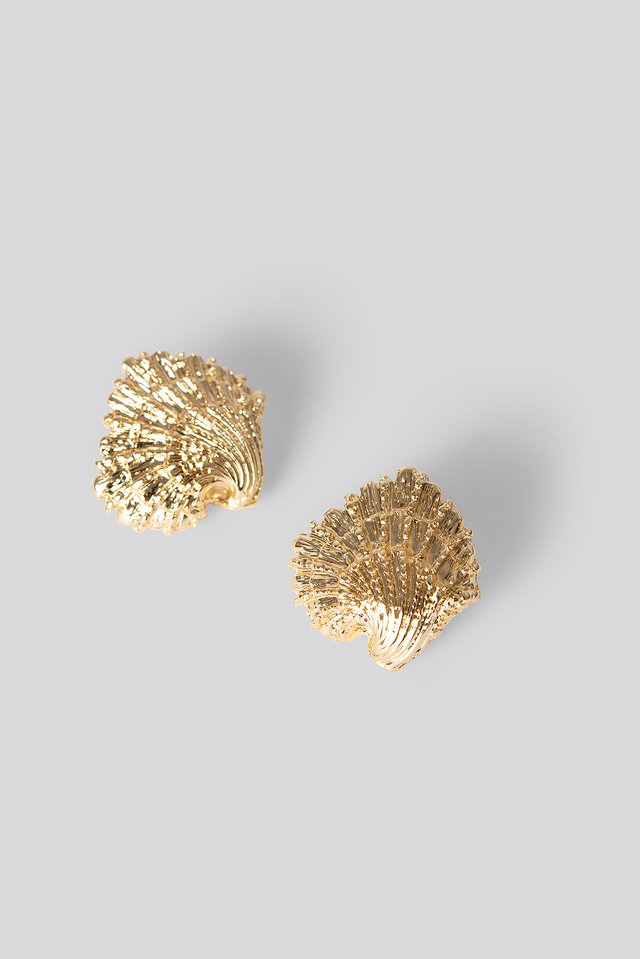 Oversize Shell Earrings Gold