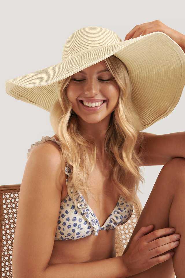 Oversize Straw Hat Natural