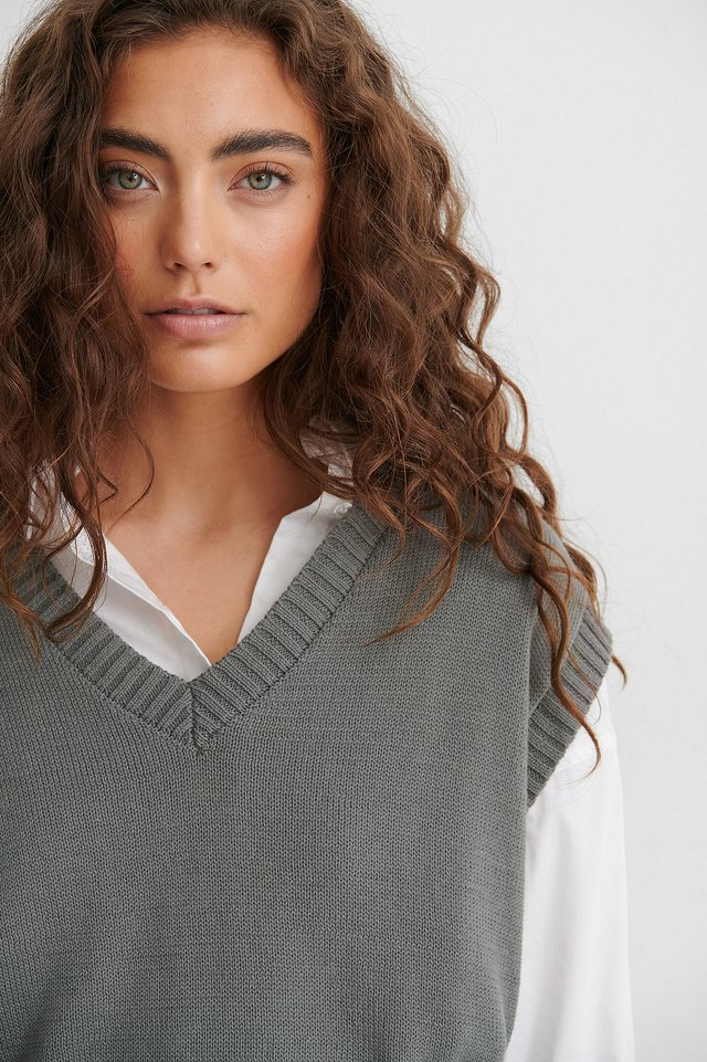 Grey Oversized Knitted Vest
