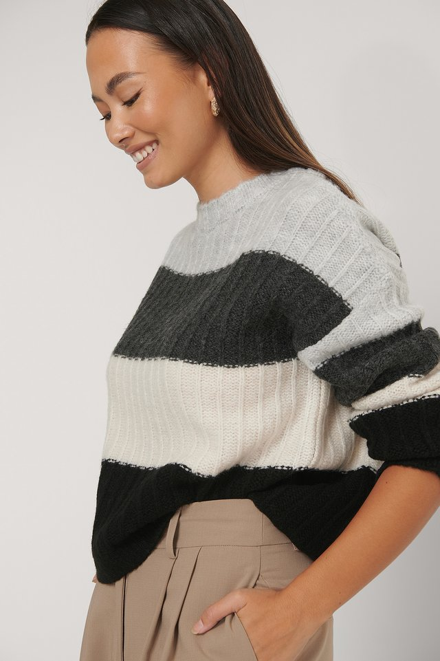 Oversized Striped Knitted Sweater Grey/Black