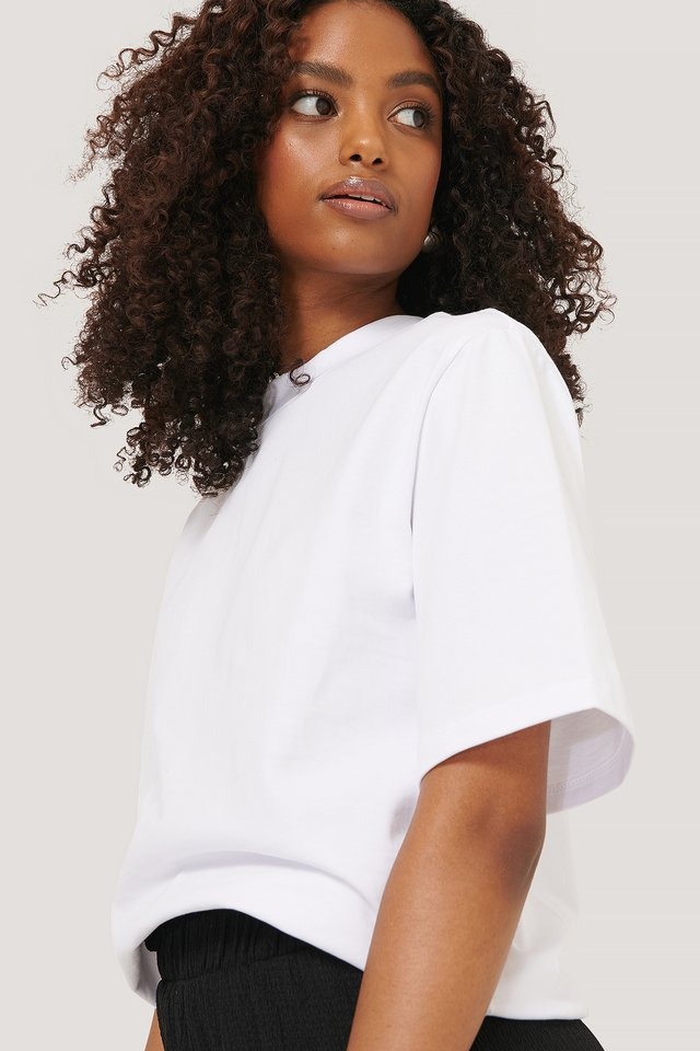 White T-Skjorte Med Skulderputer