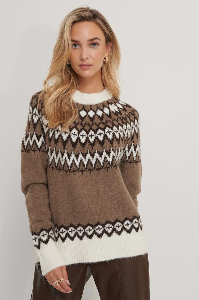 Pattern Knit Sweater Beige