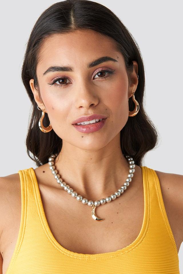 Pearl Moon Pendant Necklace Grey