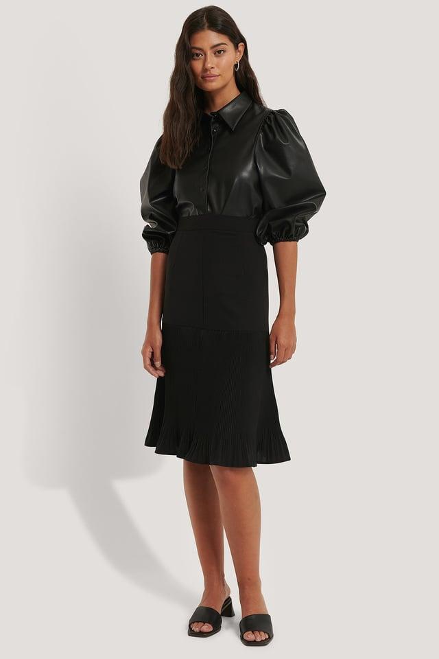 Black Pleated Detail Skirt
