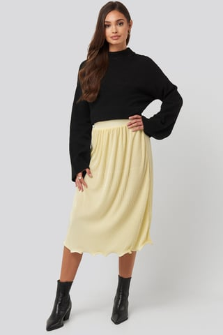Light Yellow Pleated Detailed Hem Skirt