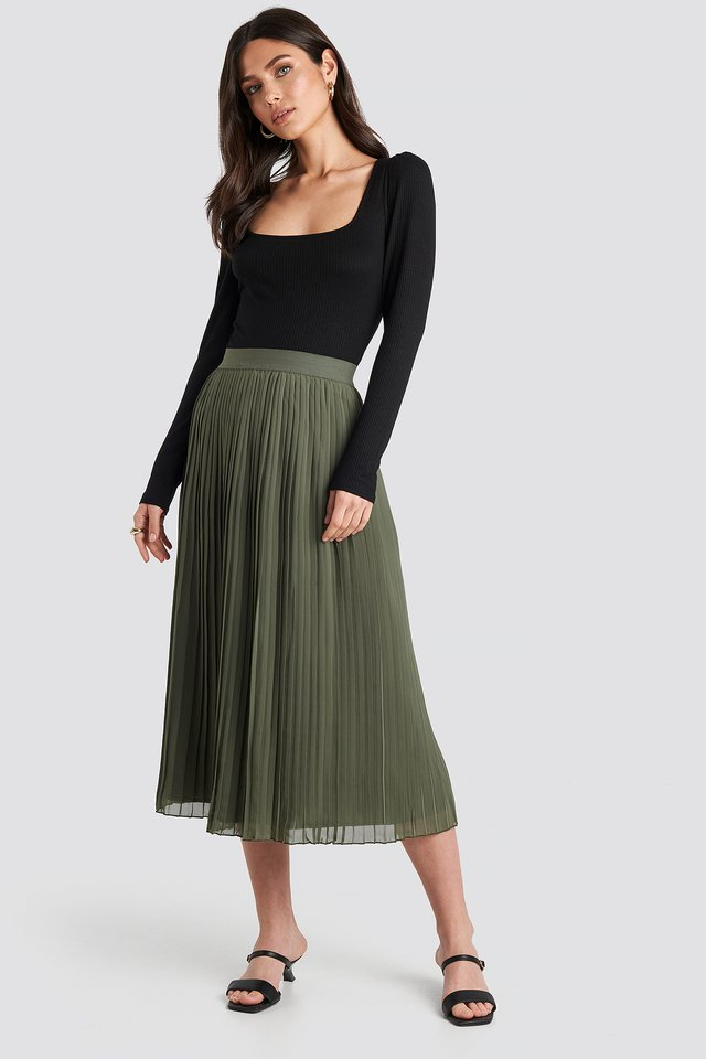 Pleated Long Skirt Khaki