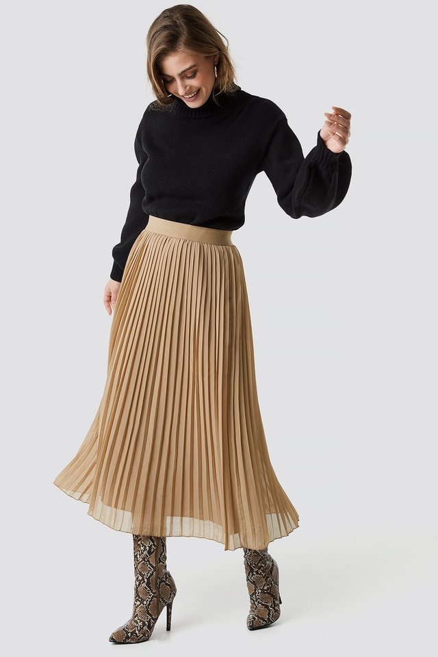 Pleated Long Skirt Dark Sand