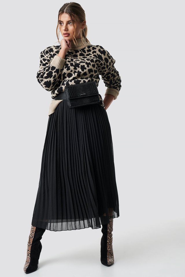 Pleated Long Skirt Black
