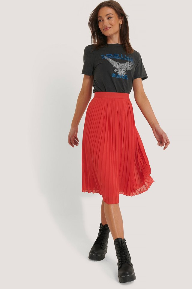 Pleated Midi Skirt Red