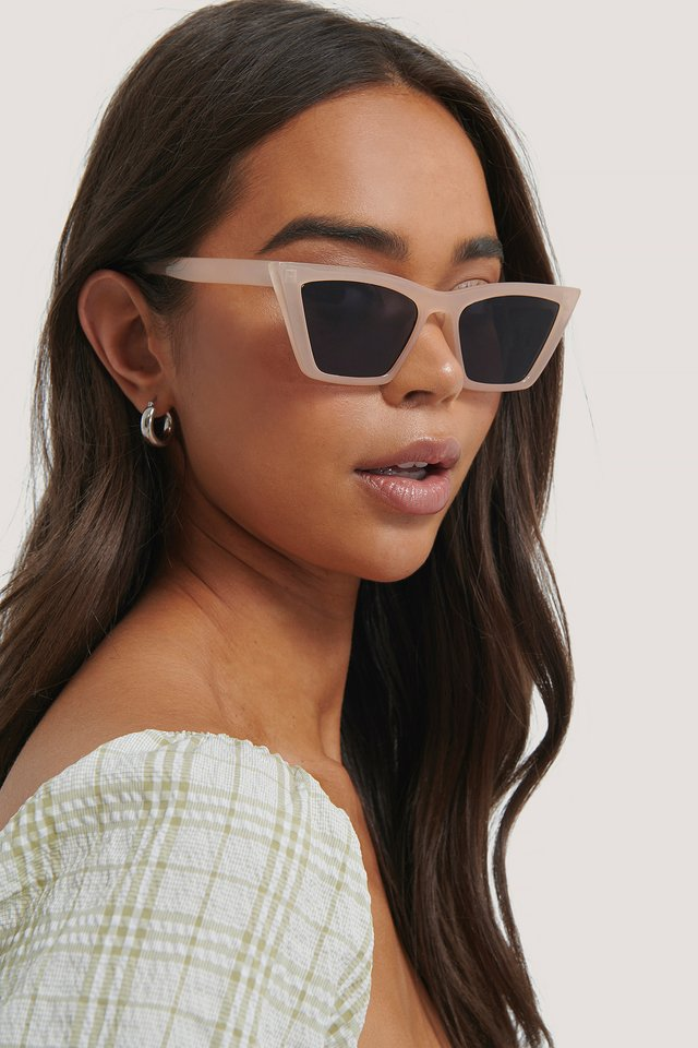 Pointy Edge Squared Cateye Sunglasses Natural