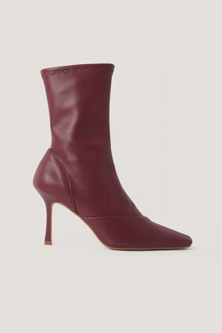 Wine Red Spisse Boots