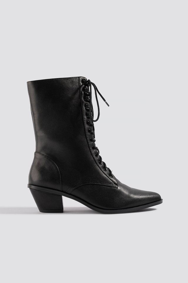 Pointy Lace Up Boots Black