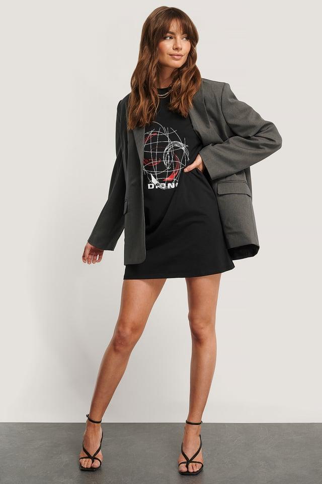 Black Bedrucktes T-Shirt-Kleid