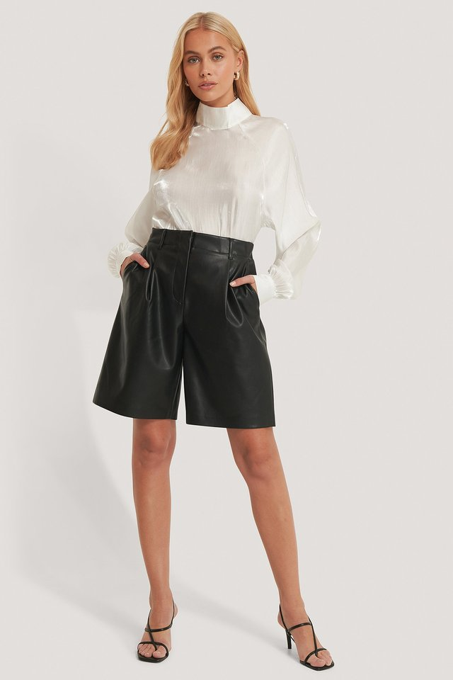 Black Pu-Bermuda Short