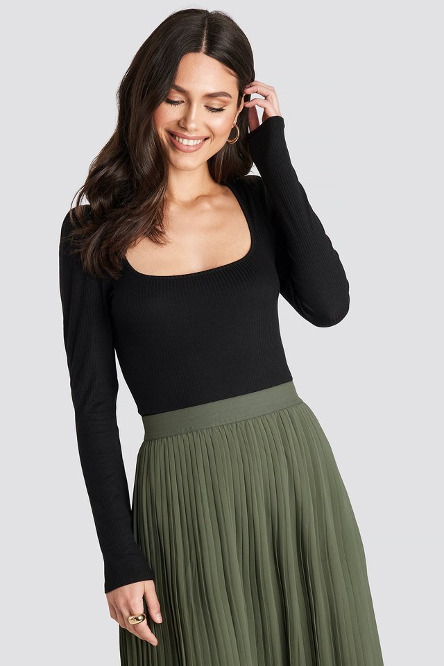 Puff Sleeve Ribbed LS Top Black