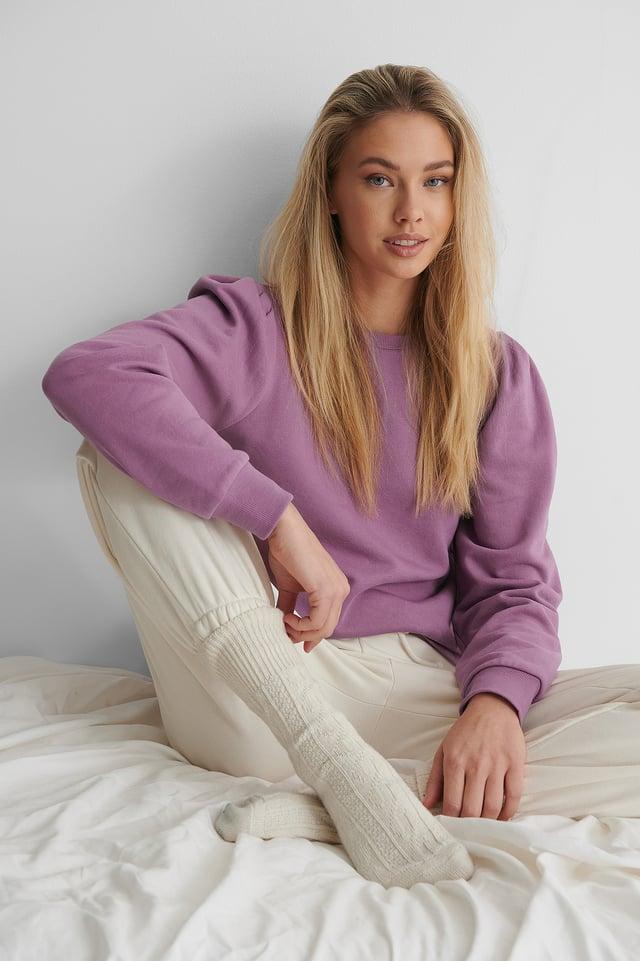 Puff Sleeved Sweatshirt Purple