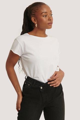 White T-Shirt Met Ruwe Zoom