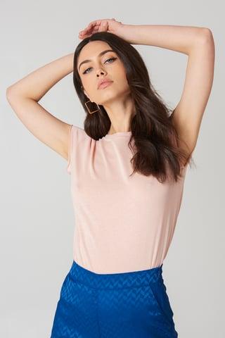 Dusty Light Pink T-Shirt Mit Grobem Saum
