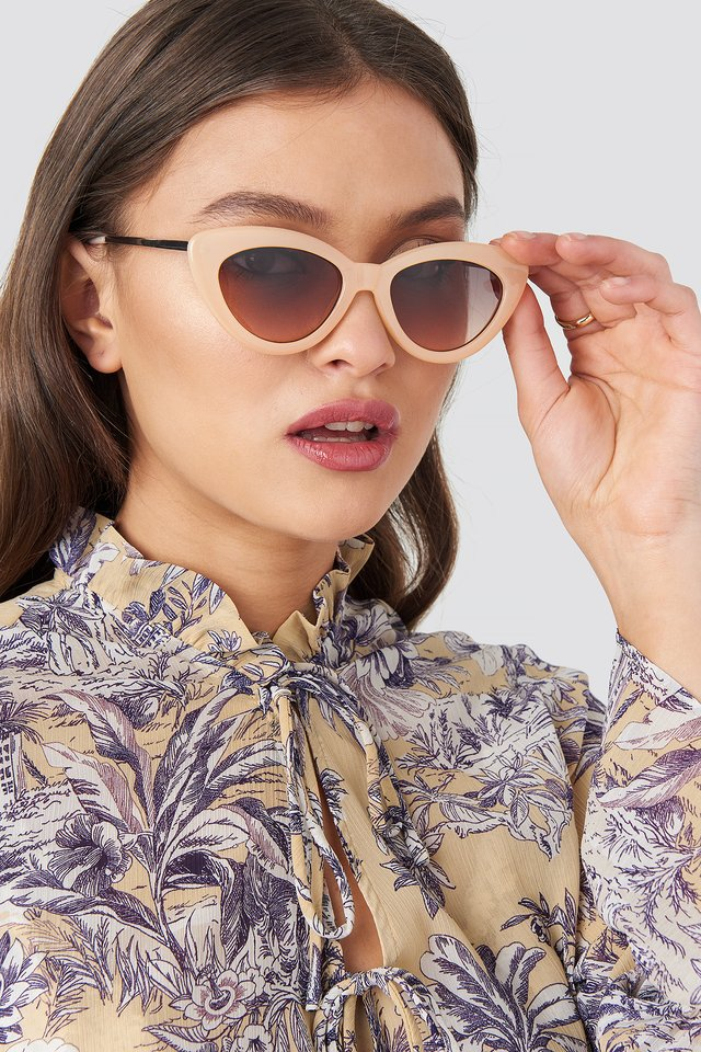 Retro Cat Eye Sunglasses Nude