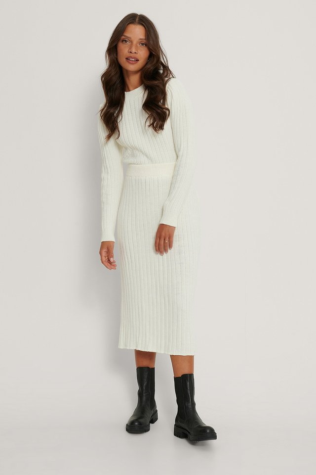 Ribbed Knitted Flared Skirt White