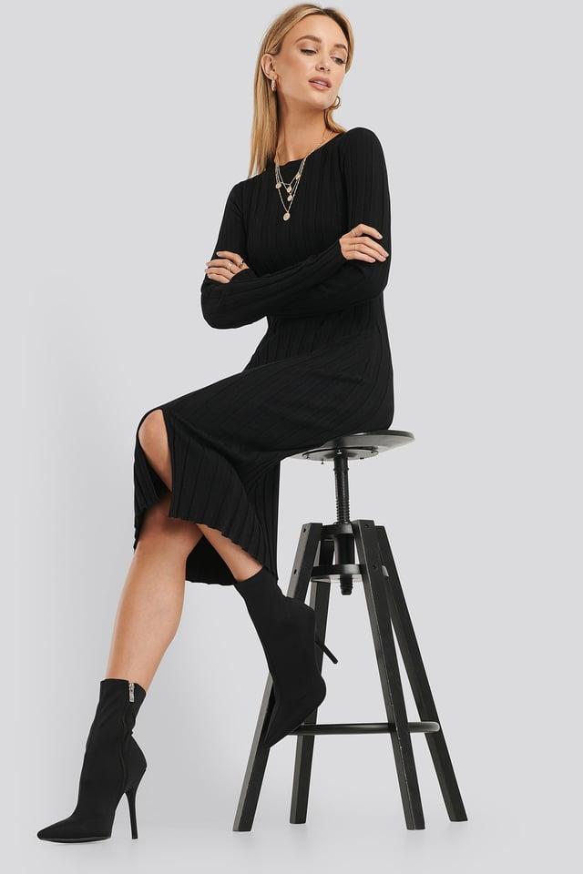 Geripptes Midi-Kleid Black