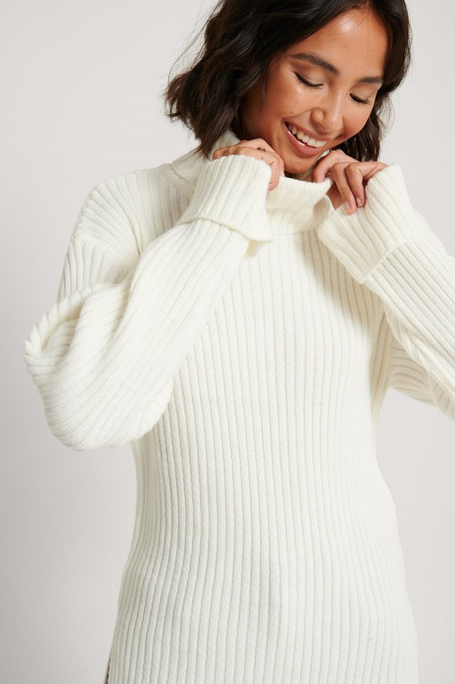 Ribbed Knitted Turtleneck Side Slit Sweater White