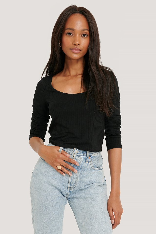 Black Ribbed Long Sleeve Cropped Top