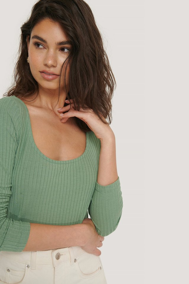 Green Ribbed Long Sleeve Cropped Top