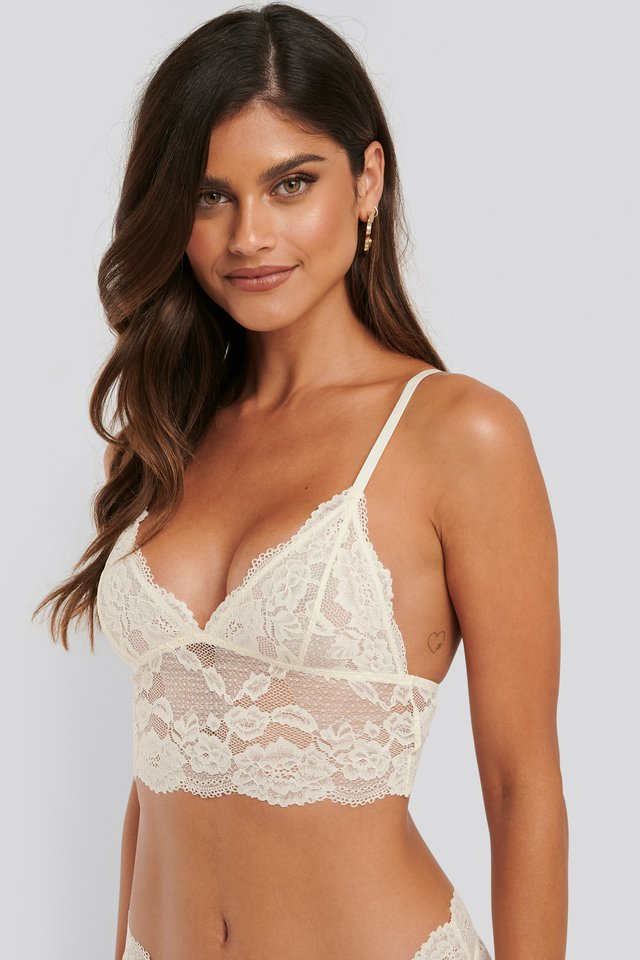 Romantic Wide Lace Bralette Pearl