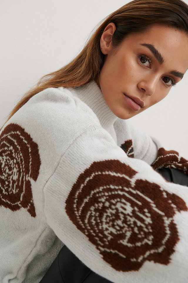 Rose Knitted Sweater Off White