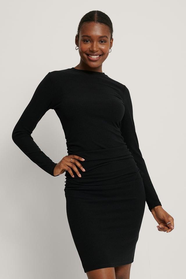 Geripptes Kleid Black